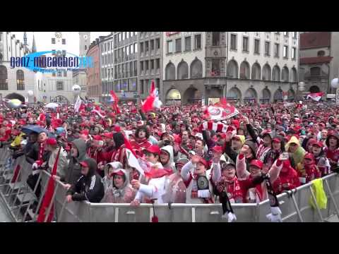 Fc Bayern Munchen Fans 2013 Triple Feier Nach Dfb Pokal