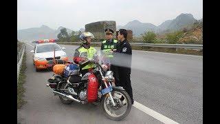 摩托車到底能不能上高速?你要知道這些規則才行 Video