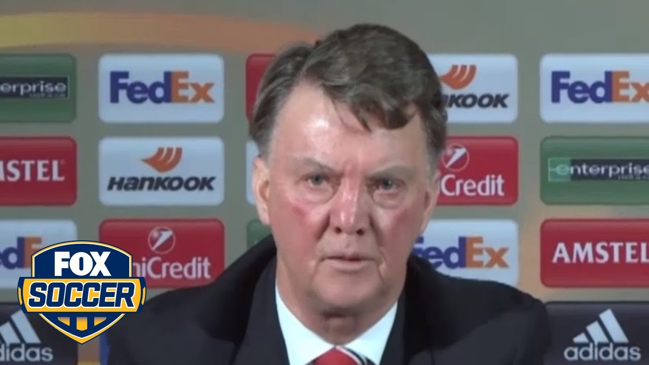 Manchester United Manager Louis Van Gaal Likes Talking To