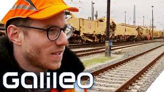 Knochenjob Gleisarbeiter - Wie hart ist der Job? | Galileo | ProSieben