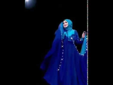 Lagu ini pernah mendapat penghargaan lagu terbaik 2002 Evie tamala Asmara