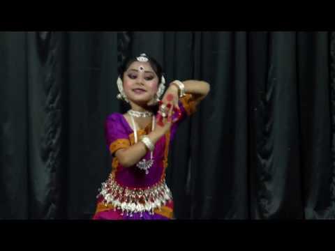 Odissi abhinaya by Angeleena Avnee