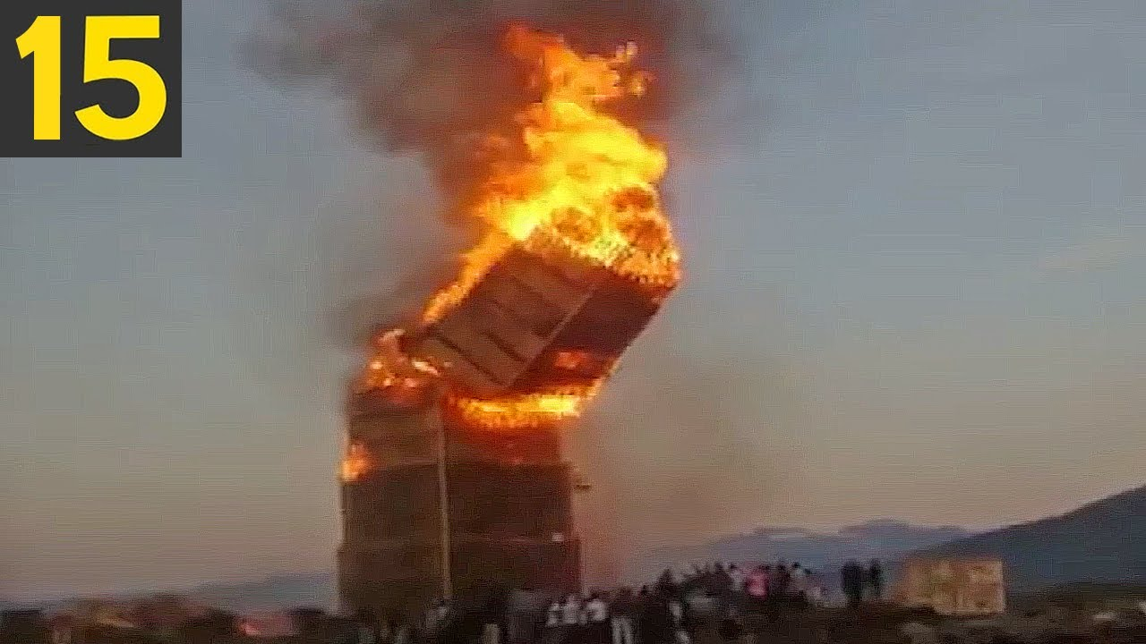 15 Biggest Bonfires in History
