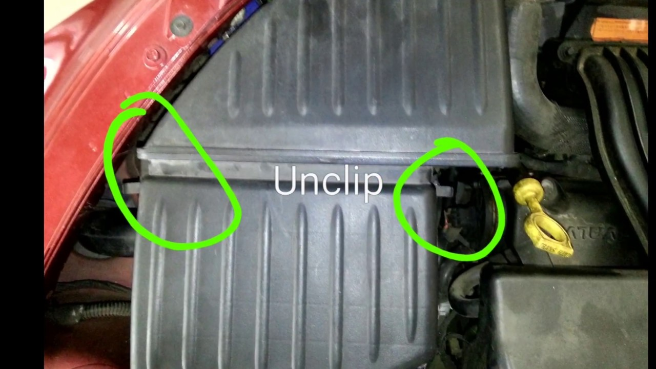 how to change battery in chrysler pt cruiser youtube. Black Bedroom Furniture Sets. Home Design Ideas