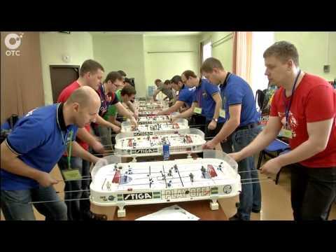 В Новосибирске выясняли, кто лучше всех играет в настольный хоккей