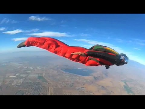Skydiving - Tracking Suit with Giroptic 360° camera #360video