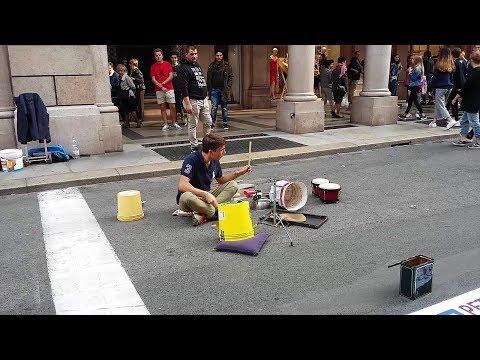Talented Italian Drummer In Full Boom At Via Roma, Torino | Beautiful Display of Sticks (Italy).