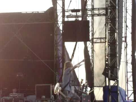 """Puddle Of Mudd performing """"Control"""" @ Beale Street Music Festival-May 1, 2010"""