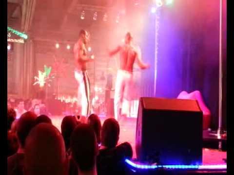 Salon de l 39 rotisme mulhouse 2012 youtube for Video salon erotisme
