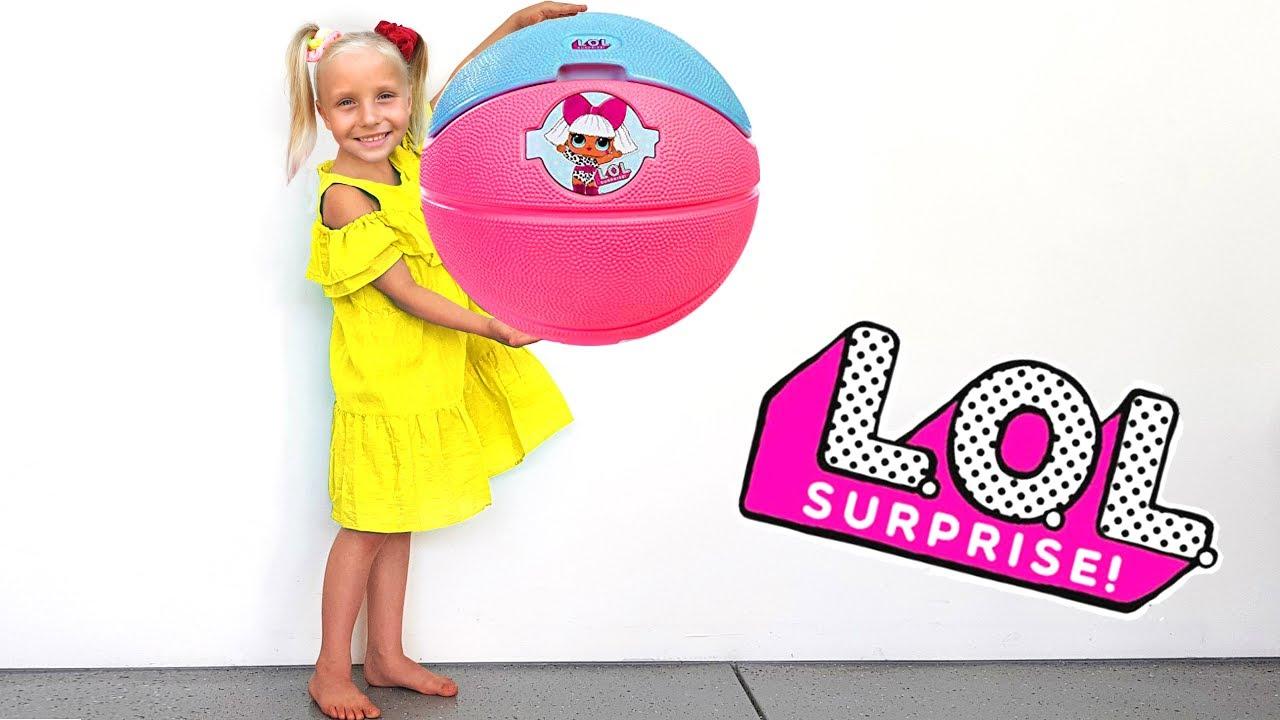 Алиса и папа строят домик для кукол ЛОЛ с сюрпризами