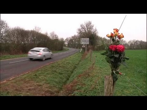 Il filme son excès de vitesse, se tue et provoque la mort de deux femmes