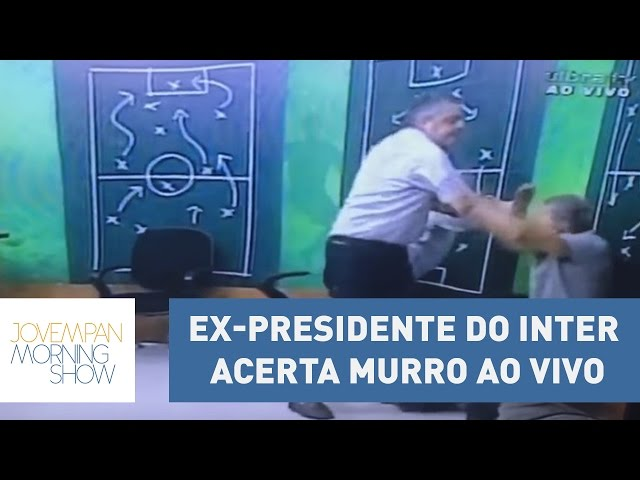 Ex-presidente do Internacional acerta murro durante programa ao vivo