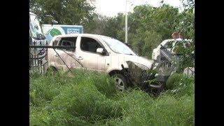 Водитель грузовика выбил с дороги машину хабаровчанки. Mestoprotv