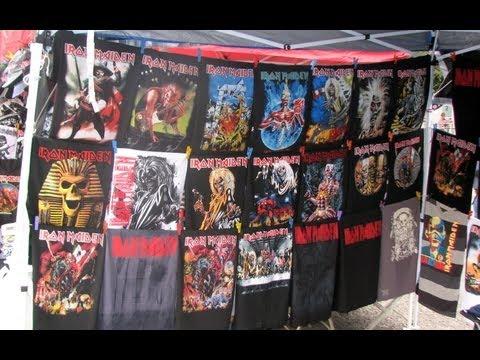 Iron Maiden, Mexico City 2013 - Tour of bootleg merch stands