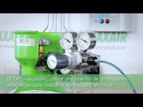Como conectar un regulador de presión a botella PRAXAIR