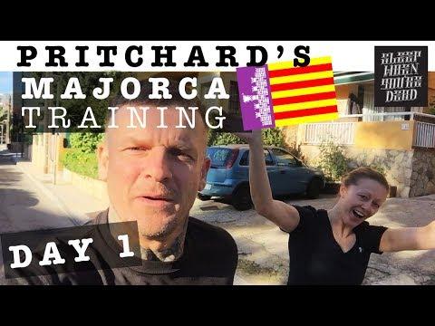 Majorca Training, Day 1 - Missed Flights, Hotel Room Boredom & Bike hire