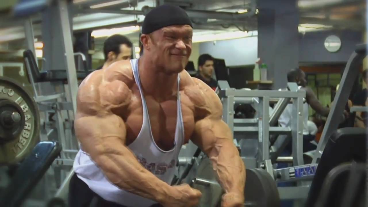famous bodybuilders without steroids