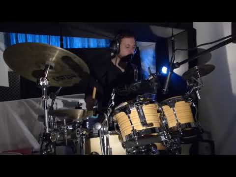 Deep house & tribal with live drummer/percussionist Alex Bartolozzi