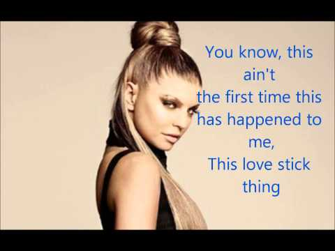 Fergie - Clumsy lyrics