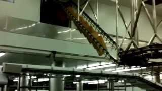 Noria cajas, transporte aéreo de materia prima