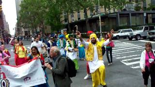 NYC Bhangra Club [2] New York Dance Parade 2009 [mitesh shah]