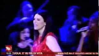 Laura Pausini celebrates 20 years of career in New York