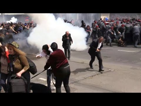 Armenia: Demonstrators Detained as Rallies Resume in Yerevan