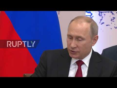 Russia: Austrian Chancellor admires Putin's courage at International Economic Forum