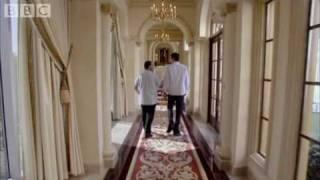 Louis Theroux visits top gambler's Hilton hotel suite - Gambling in Las Vegas - BBC