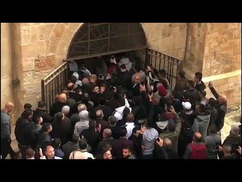 شاهد: آلاف الفلسطينيين يدخلون -باب الرحمة- في الأقصى بعد أكثر من 10 سنوات على إغلاقه…  - نشر قبل 2 ساعة