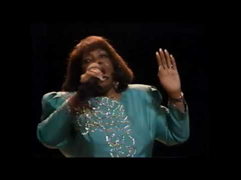 Dorothy Norwood featuring The Caravans - Lord Keep Me Day By Day