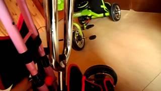 видео Детский трехколесный велосипед Puky с родительской ручкой и надувными колесами
