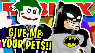 "IL BULLY JOKER TRIES TO ""STEAL"" NOOB BATMANS ""SECRET"" PETS IN ROBLOX BUBBLEGUM SIMULATOR!!"
