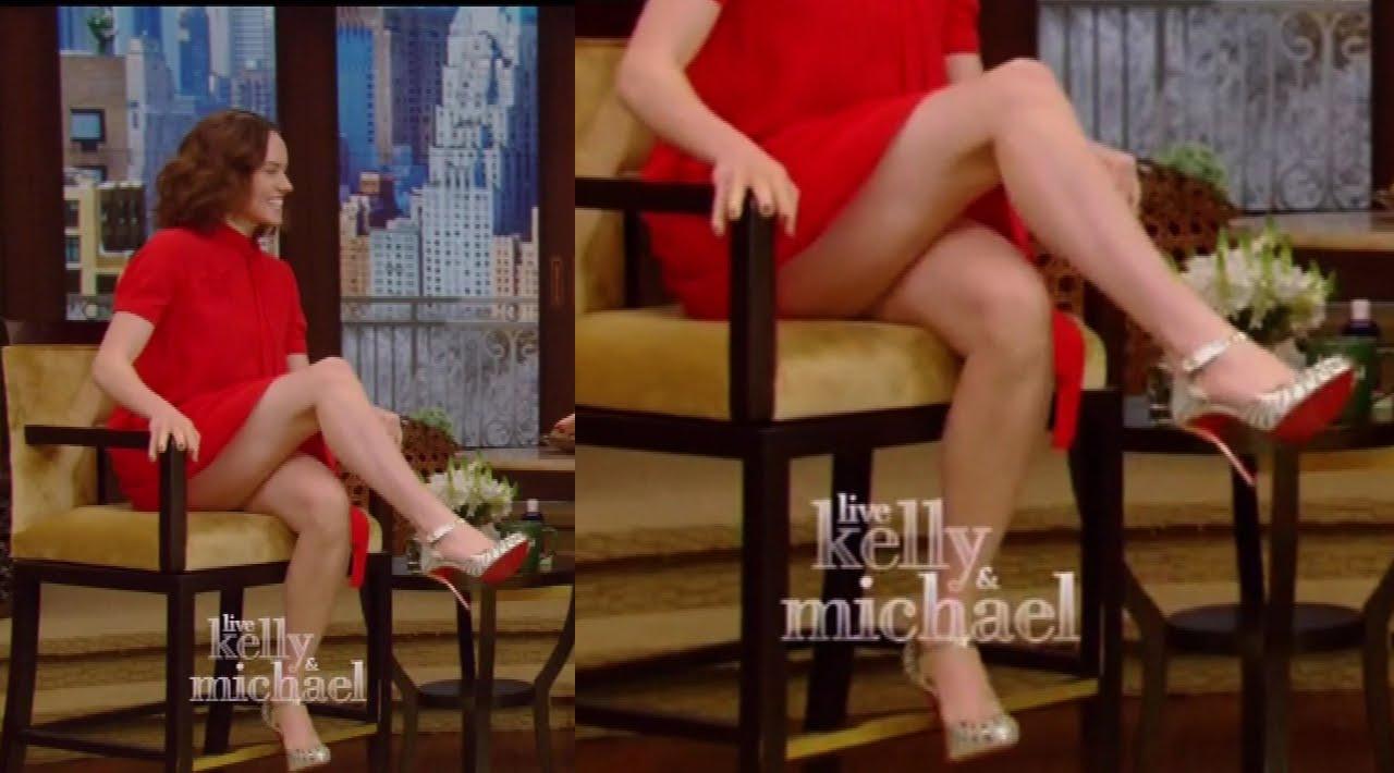 Crossed leg upskirt video