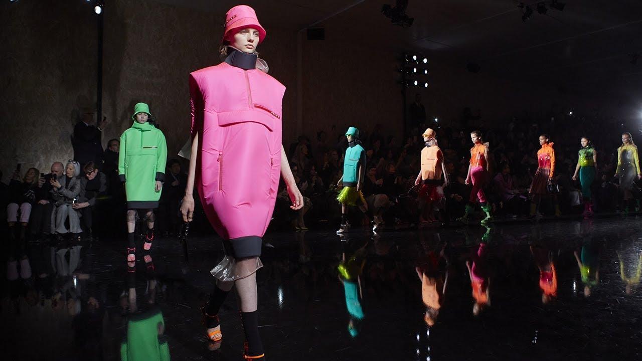 online retailer 448b1 f2a3a Prada Fall/Winter 2018 Womenswear Show