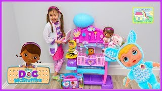 Pretend Play with Doctor Toys & Baby Nursery! Doc McStuffins Toys