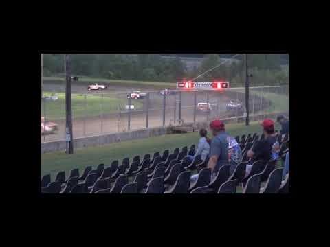 Dirt Truck Amain. - dirt track racing video image
