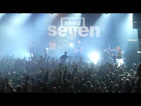 Shed Seven - Chasing Rainbows - Live @ Manchester Academy - 12-12-2015