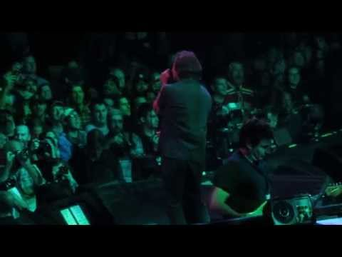 Pearl Jam *Release, Ocean, Nothingman* live in Detroit at Joe Louis Arena on 10/16/2014