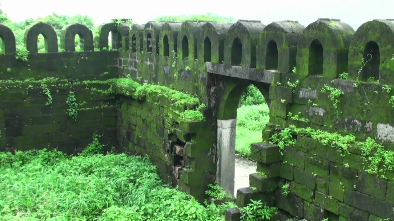 The spooky uparkot fort junagadh gujarat - The Spooky Uparkot Fort Junagadh Gujarat 8