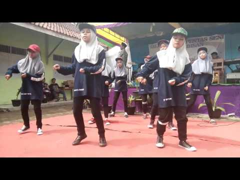 Dance Tanjung Silver