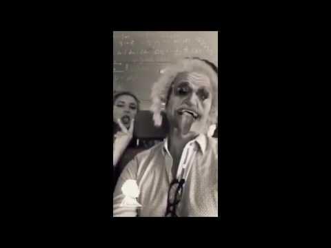 Billie Lourd and Keke Palmer on Scream Queens' set (December 2nd, 2016).