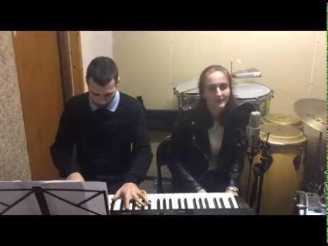 Despacito - Alba Castillo - Acoustic Cover