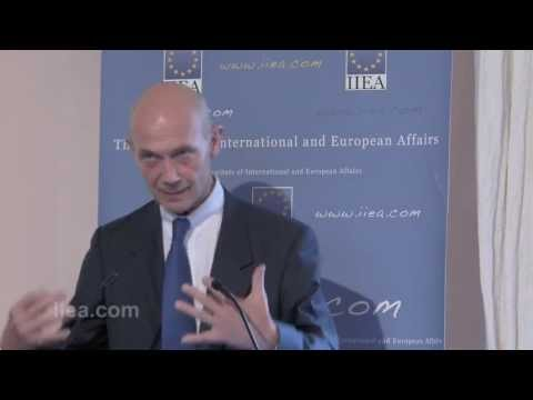 Pascal Lamy on Shifting Economic Landscape: A World in Need of a Compass