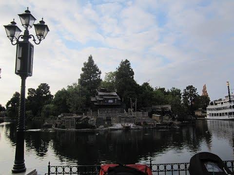 Disneyland Monorail in Los Angeles