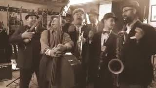 Cumpleaños feliz nota jazz music
