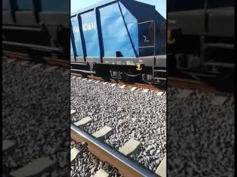 Barbat lovit de tren la Medias