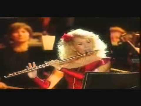 Al Di Meola with Eszter Horgas - Carmen