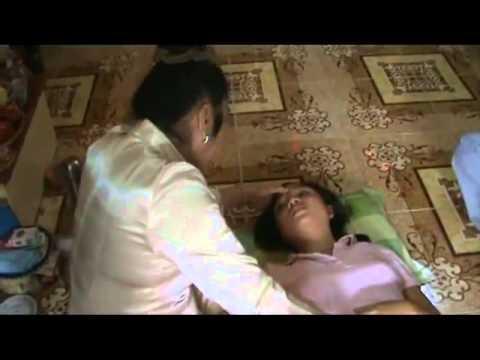 Cô gái bị ma nhập khi đi thăm mộ - Con ma bắt đầu bám theo cô gái trong một lần cô lên chùa  Phần 1