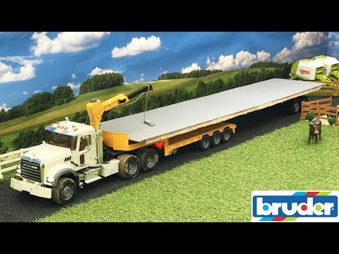 bruder-rc-world-bridge-construction-|-truck-and-crane-action-video-for-rc-fans!